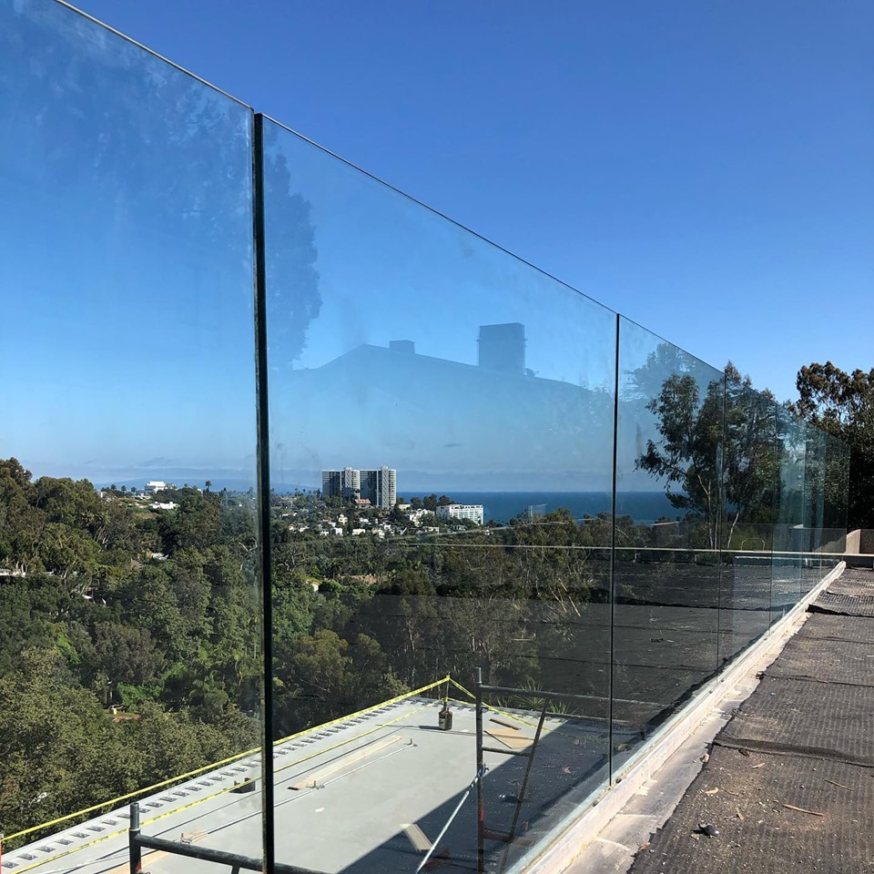 glass-queen-railing-los-angeles